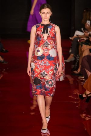 hbz nyfw ss2018 trends bold florals 10 rochas rs18 0869 1509389166