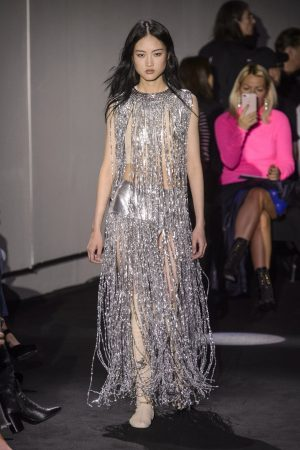 hbz nyfw ss2018 trends fringe 04 paco rabanne rs18 1588 1509389665