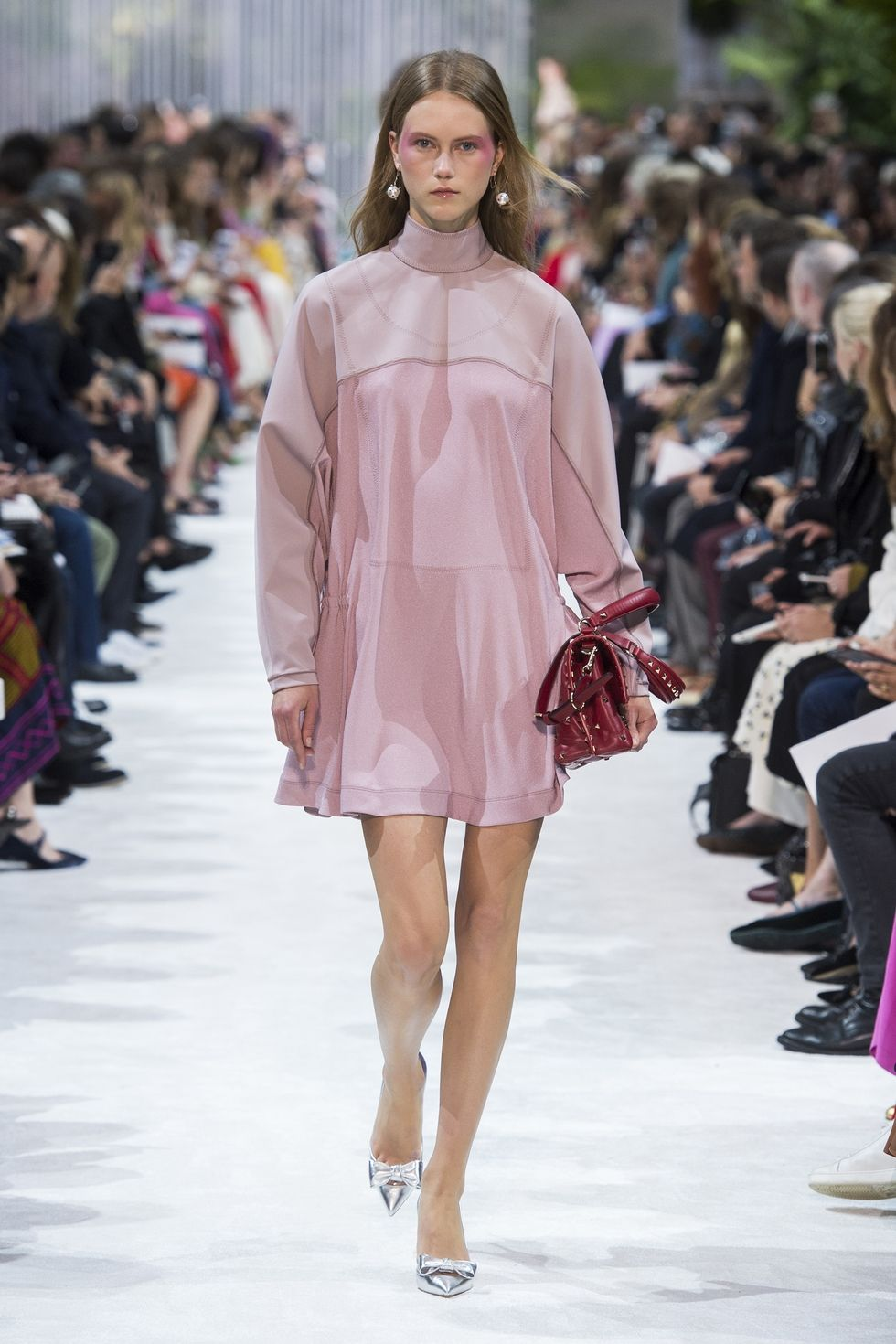 hbz nyfw ss2018 trends lavender 02 valentino rs18 2612 1509389878