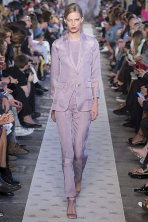hbz nyfw ss2018 trends lavender 08 max mara rs18 0198 1509389877