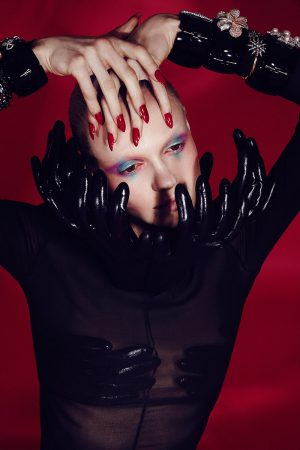 guy bourdin inspired red glossy manicure nails 1